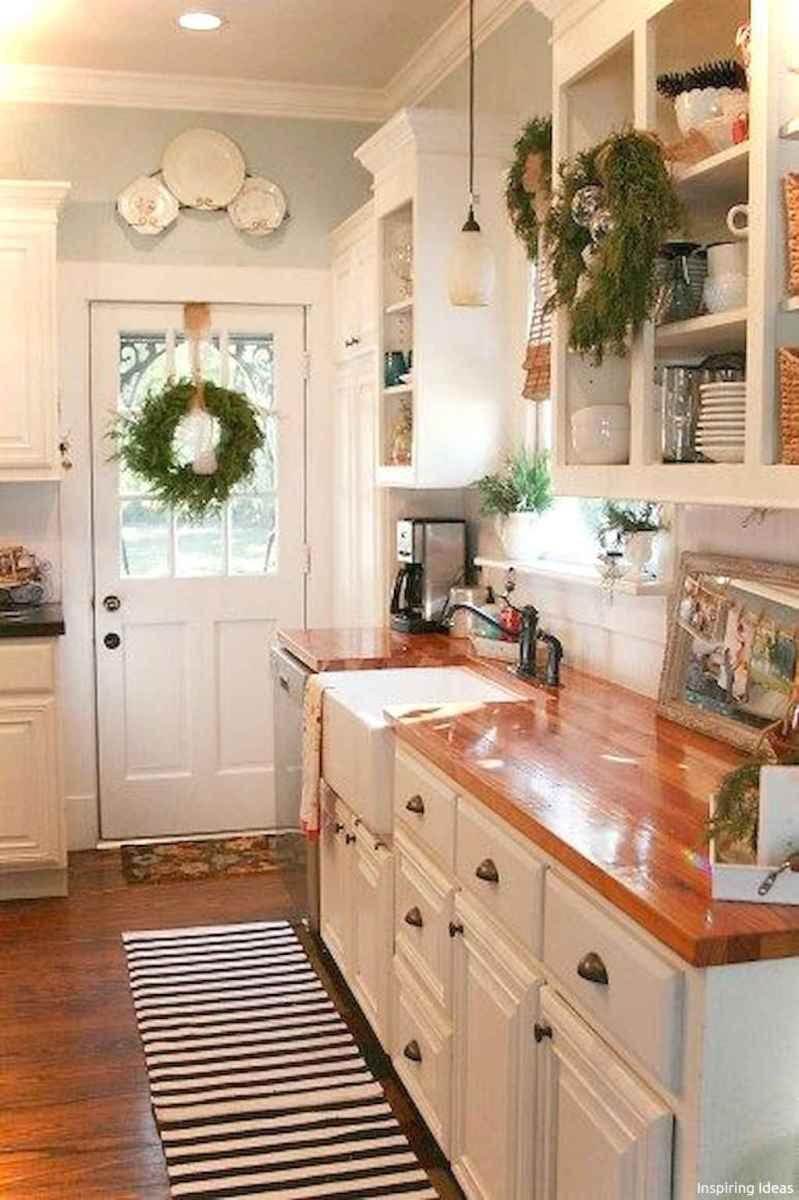 Genius small cottage kitchen design ideas032