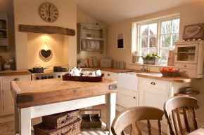 Genius small cottage kitchen design ideas048