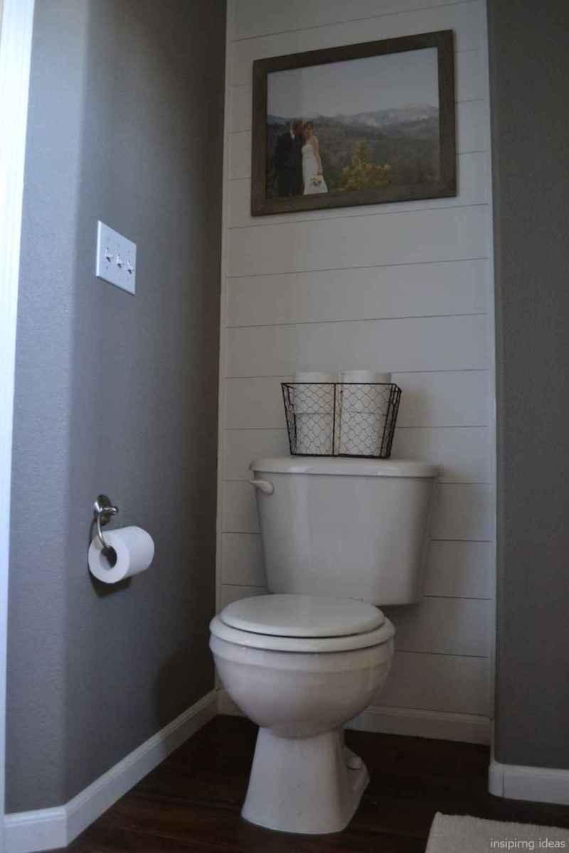 50 modern farmhouse small bathroom wall color ideas 9