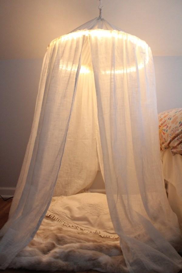 DIY Hula Hoop Canopy Tent