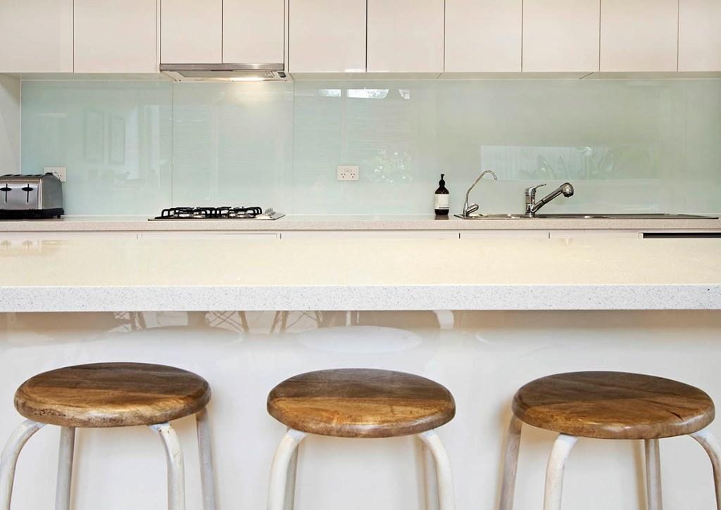 small kitchen ideas - stools