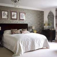 40 Beautiful Wallpapers for a Spring Bedroom Decor