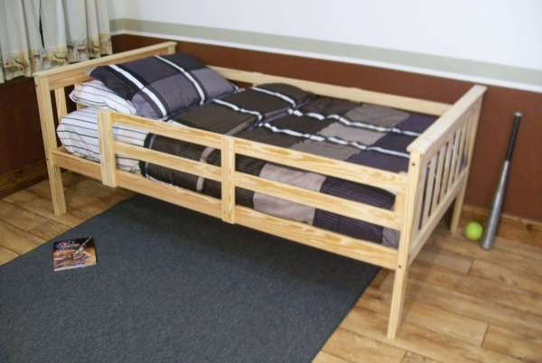 Platform Bed With Safety Guard Rails Twin Full Size