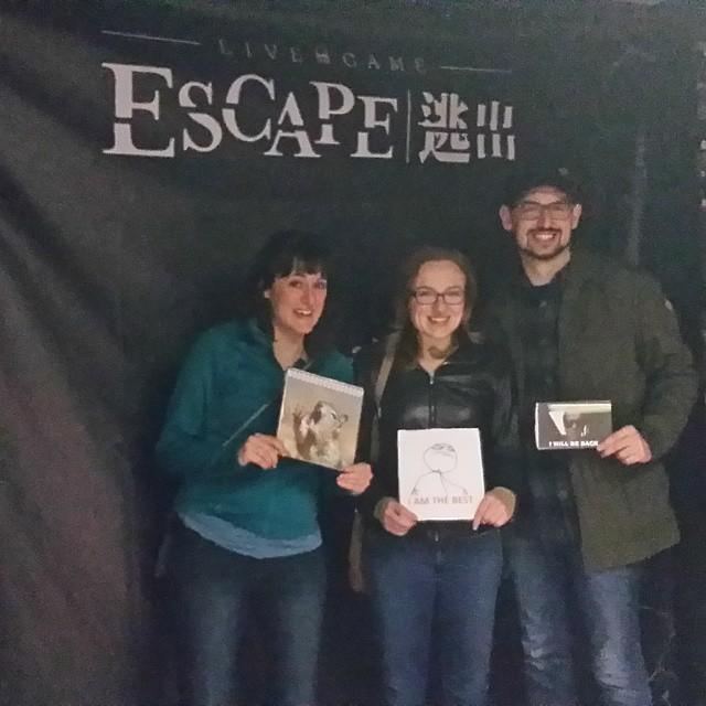 Live Game Escape Las Vegas White Lie Review Room