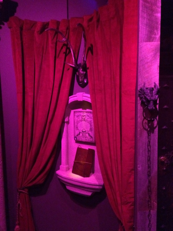 Escape Room Live Alexandria - Wizard's Apothecary - Spellbook