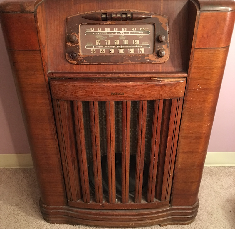 Image of a large, old, wooden radio.
