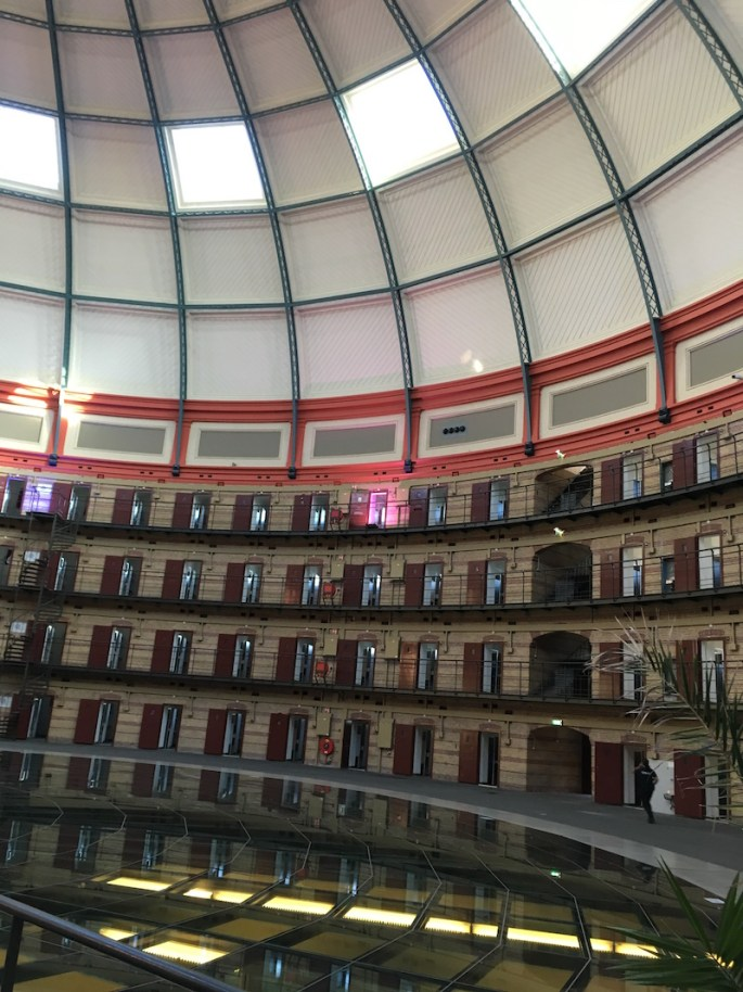 Image of the massive and beautiful dome of prison cells.
