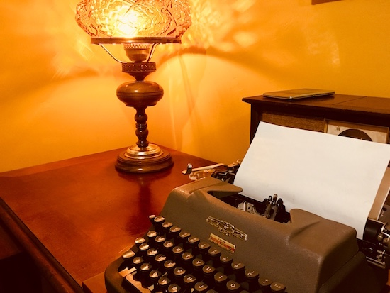 In-game: A desk with a typewriter.