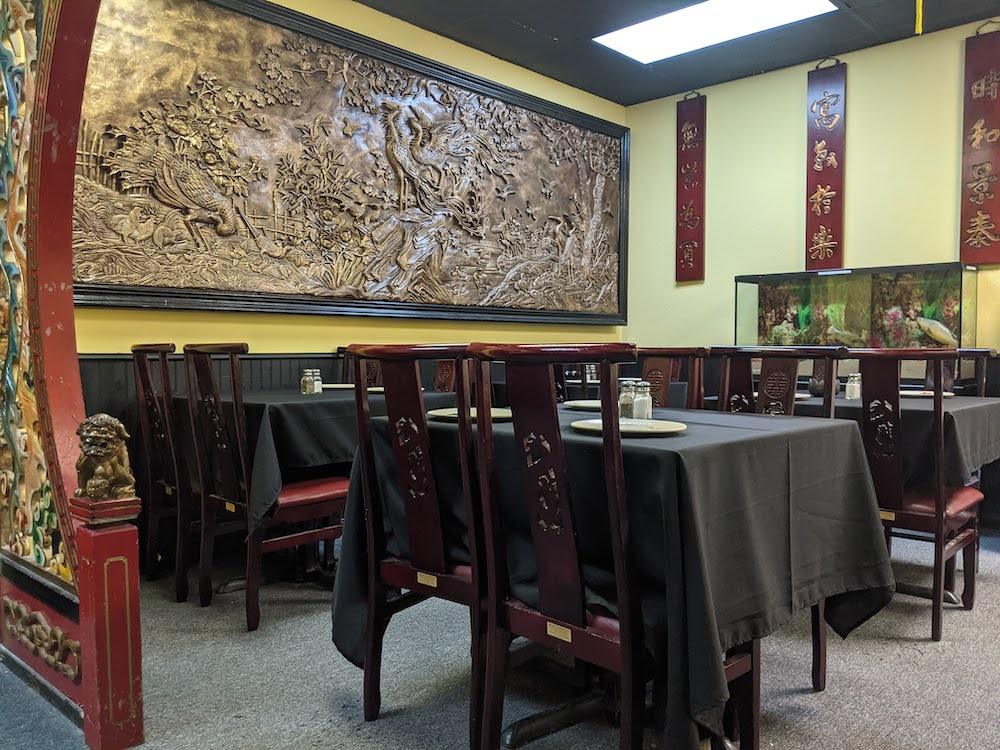 Wong's Chinese escape room looks exactly like a Chinese restaurant, with all of the right furniture and decor.