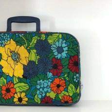 SuitcaseSquareSzd4