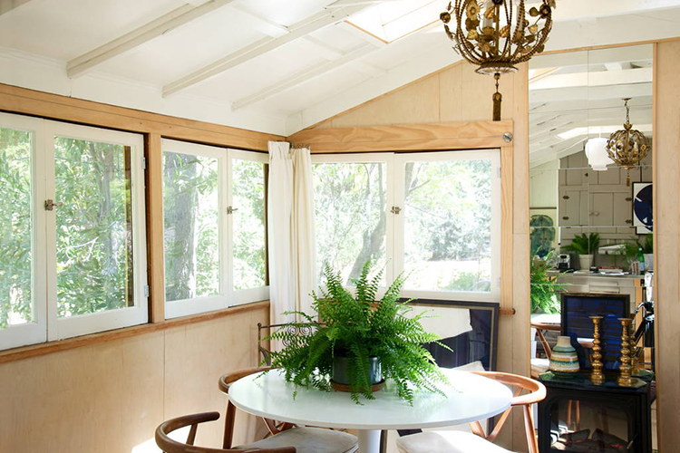 Bright Bungalow in Ojai