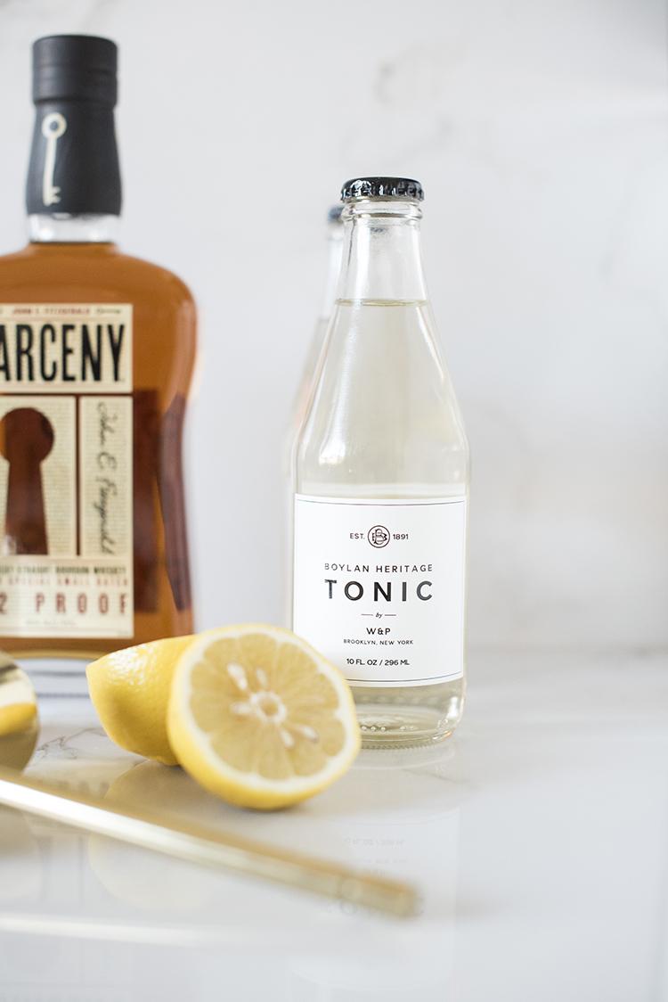 classic-collins-bourbon-cocktail