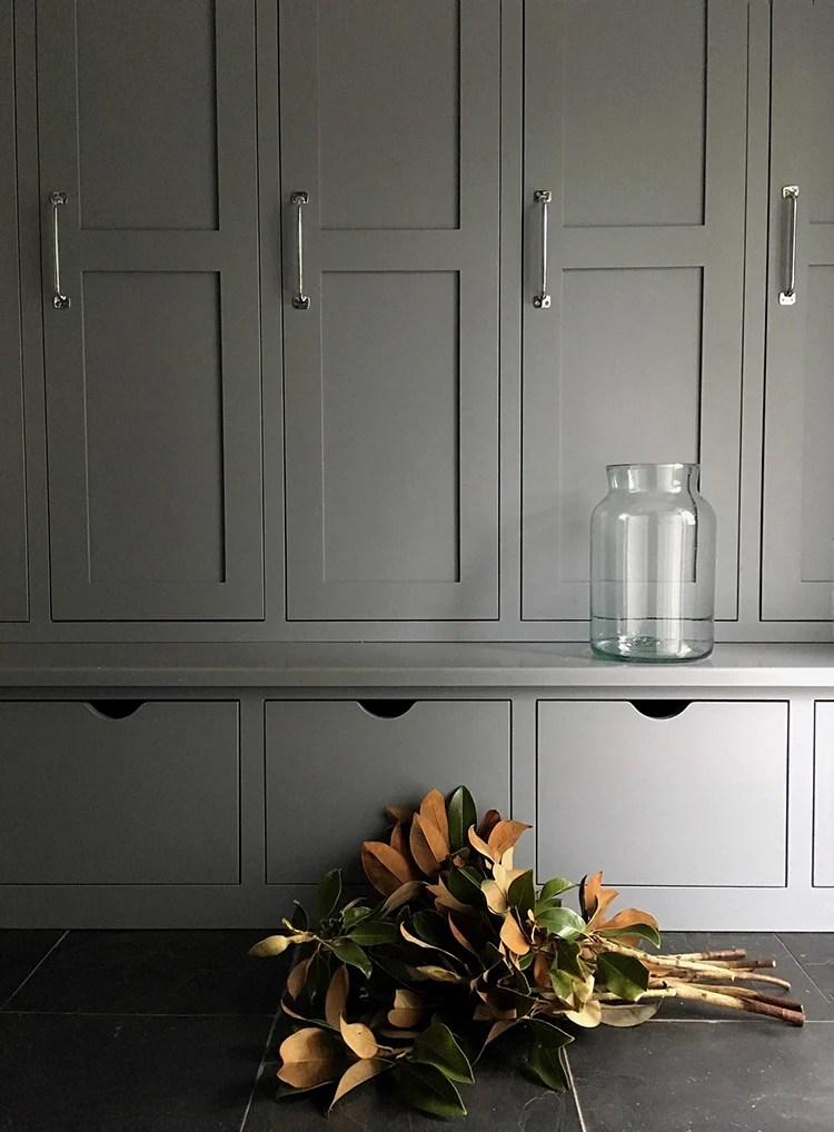 custom-cabinetry-in-mudroom