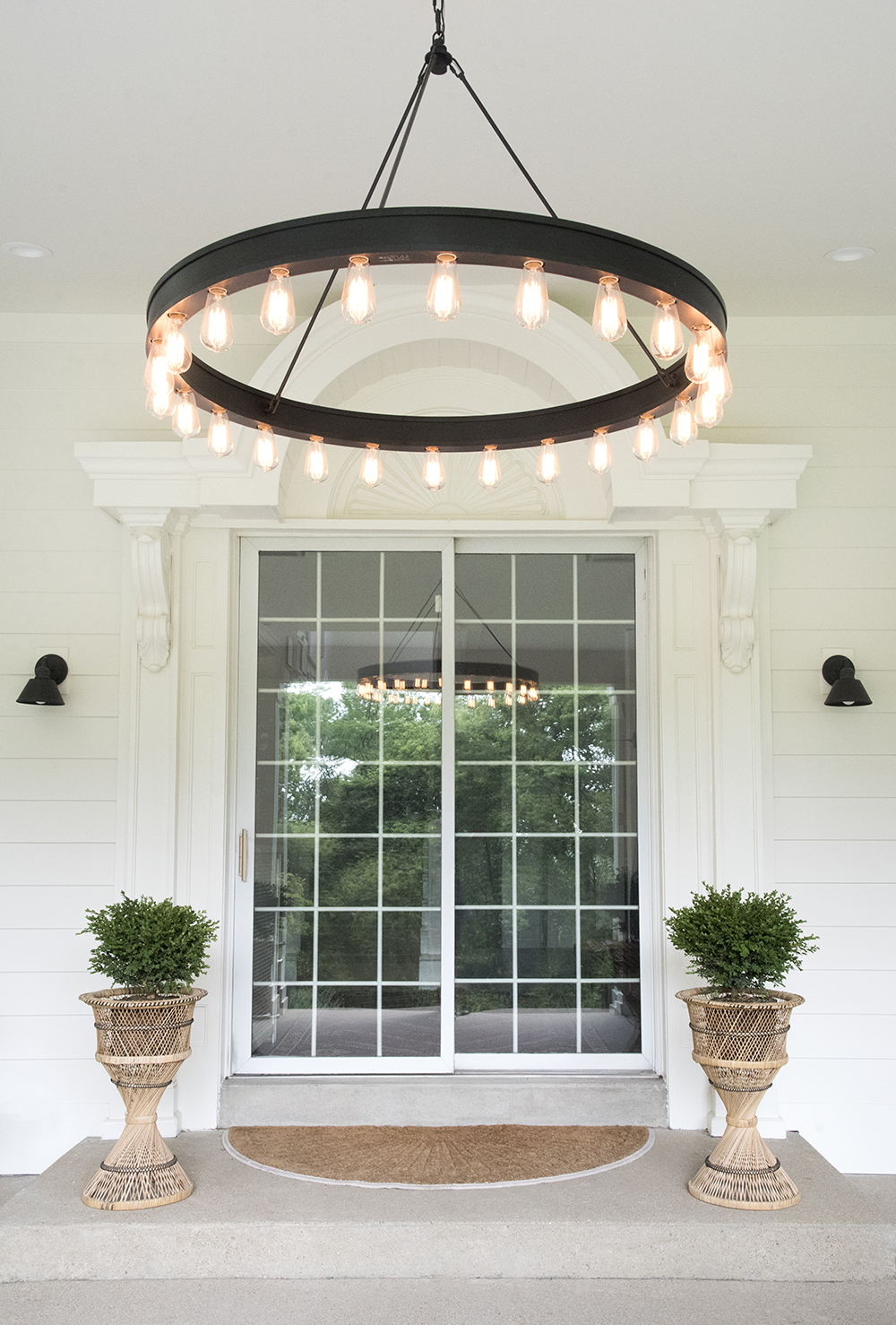 Roundup : Outdoor Sconces + Porch Lights Under $150 - roomfortuesday.com
