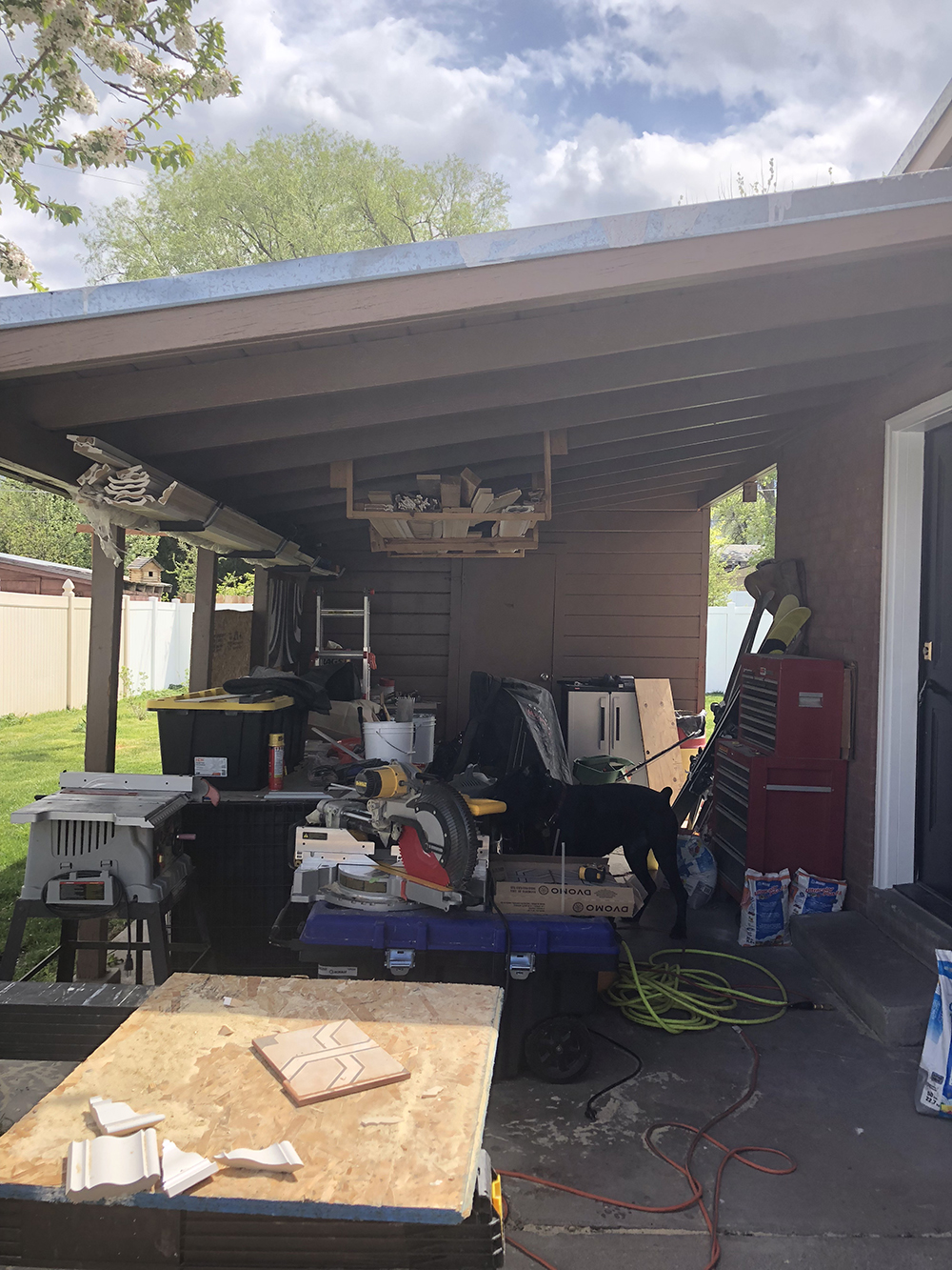 Our Carport Makeover - roomfortuesday.com