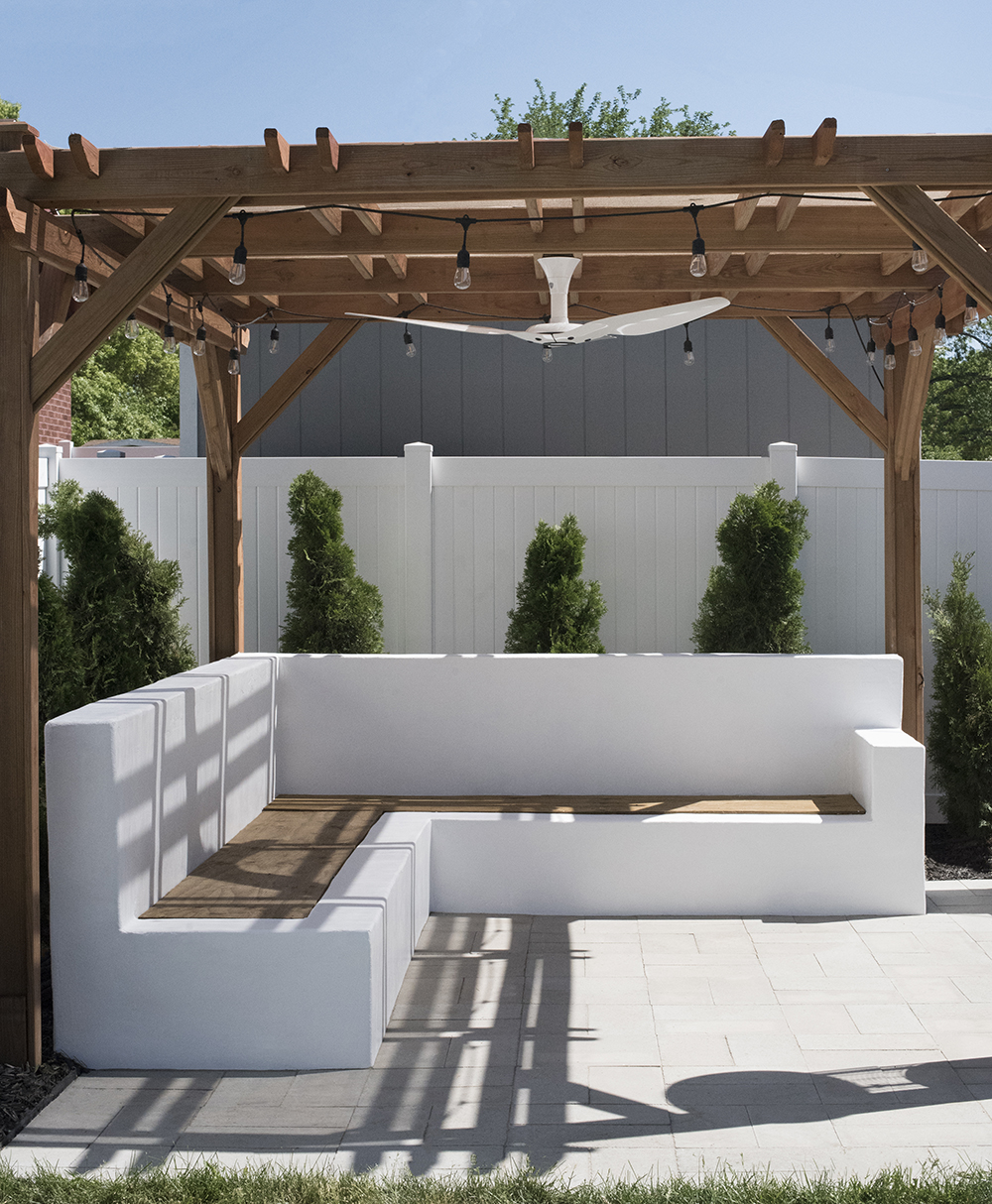 Outdoor Sofa Update - roomfortuesday.com
