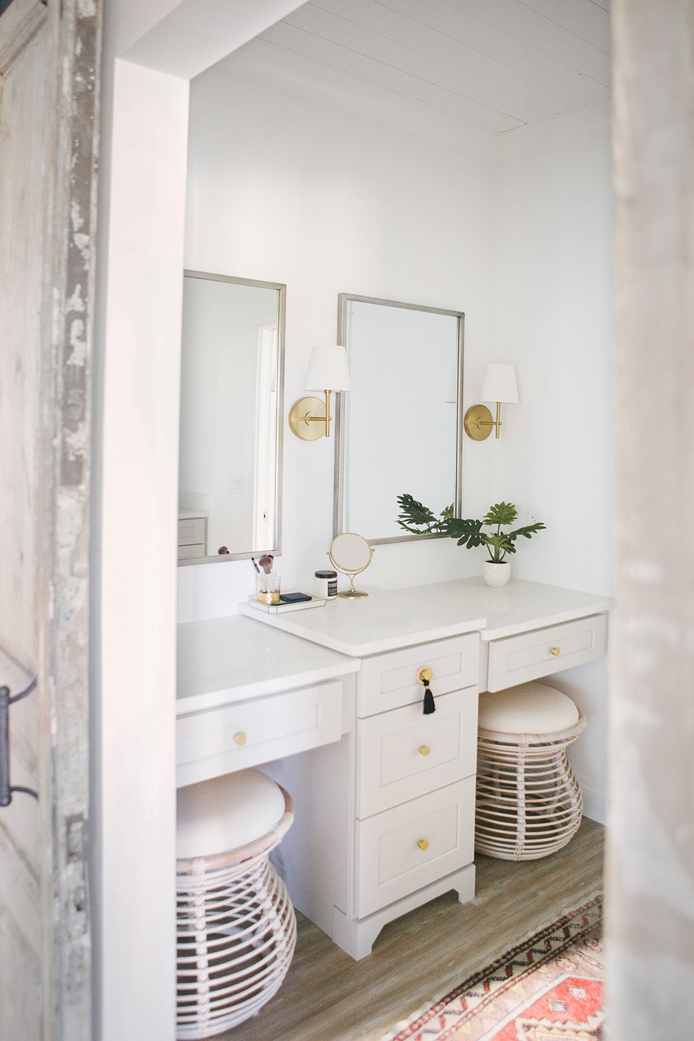Reader Design Dilemma : Bathroom - roomfortuesday.com