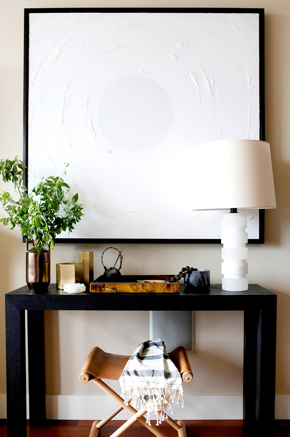6 Ways to Style an Entryway Console Table - roomfortuesday.com