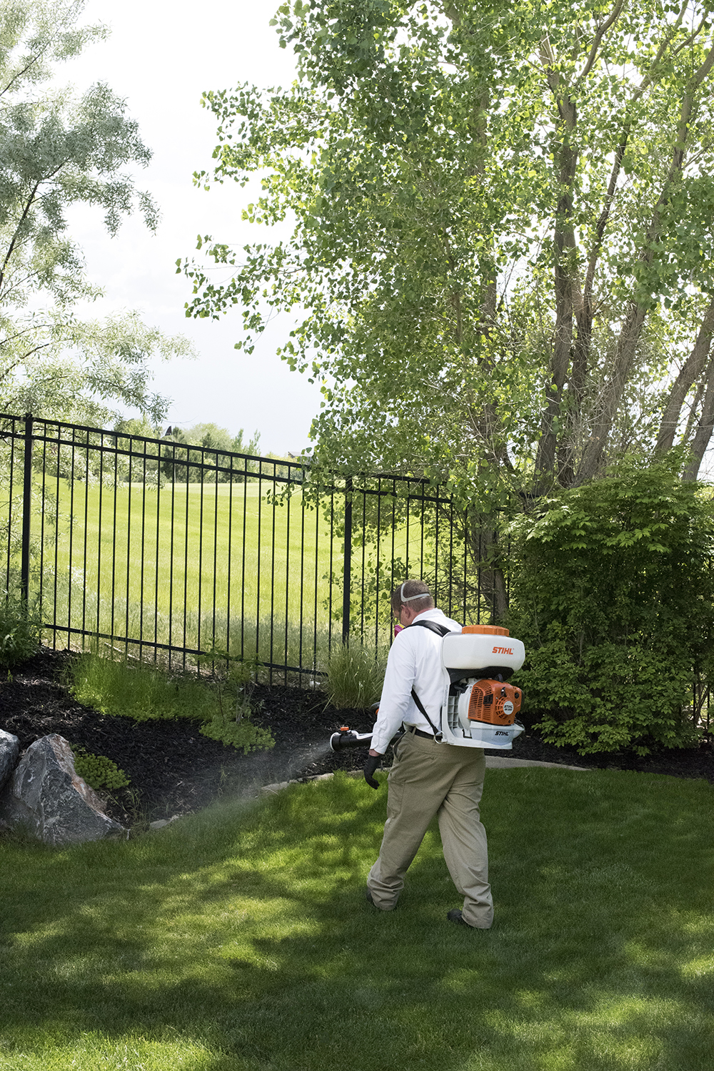 How We Keep Our Outdoor Areas Mosquito Free - roomfortuesday.com