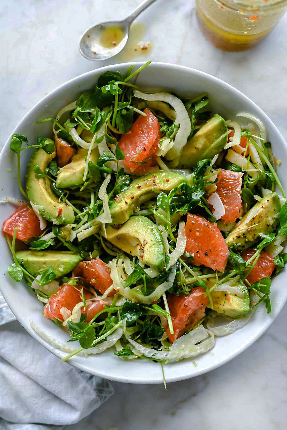 https://www.foodiecrush.com/grapefruit-avocado-fennel-salad/