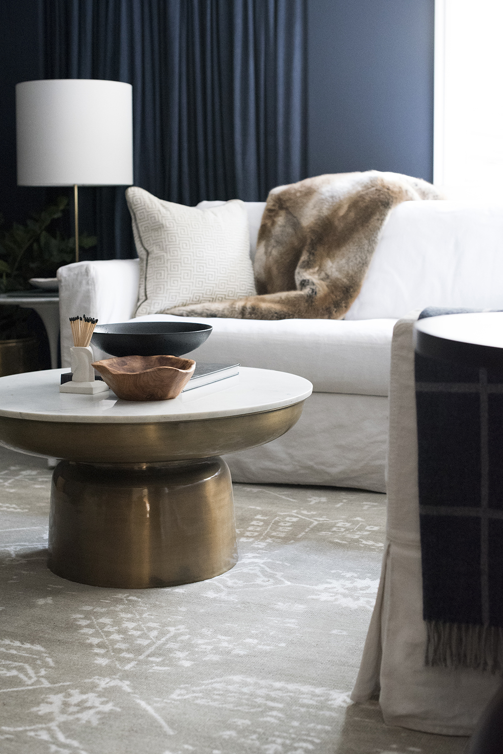 Coffee & Side Table Combinations (+ 5 Tips for Pairing Them) - roomfortuesday.com