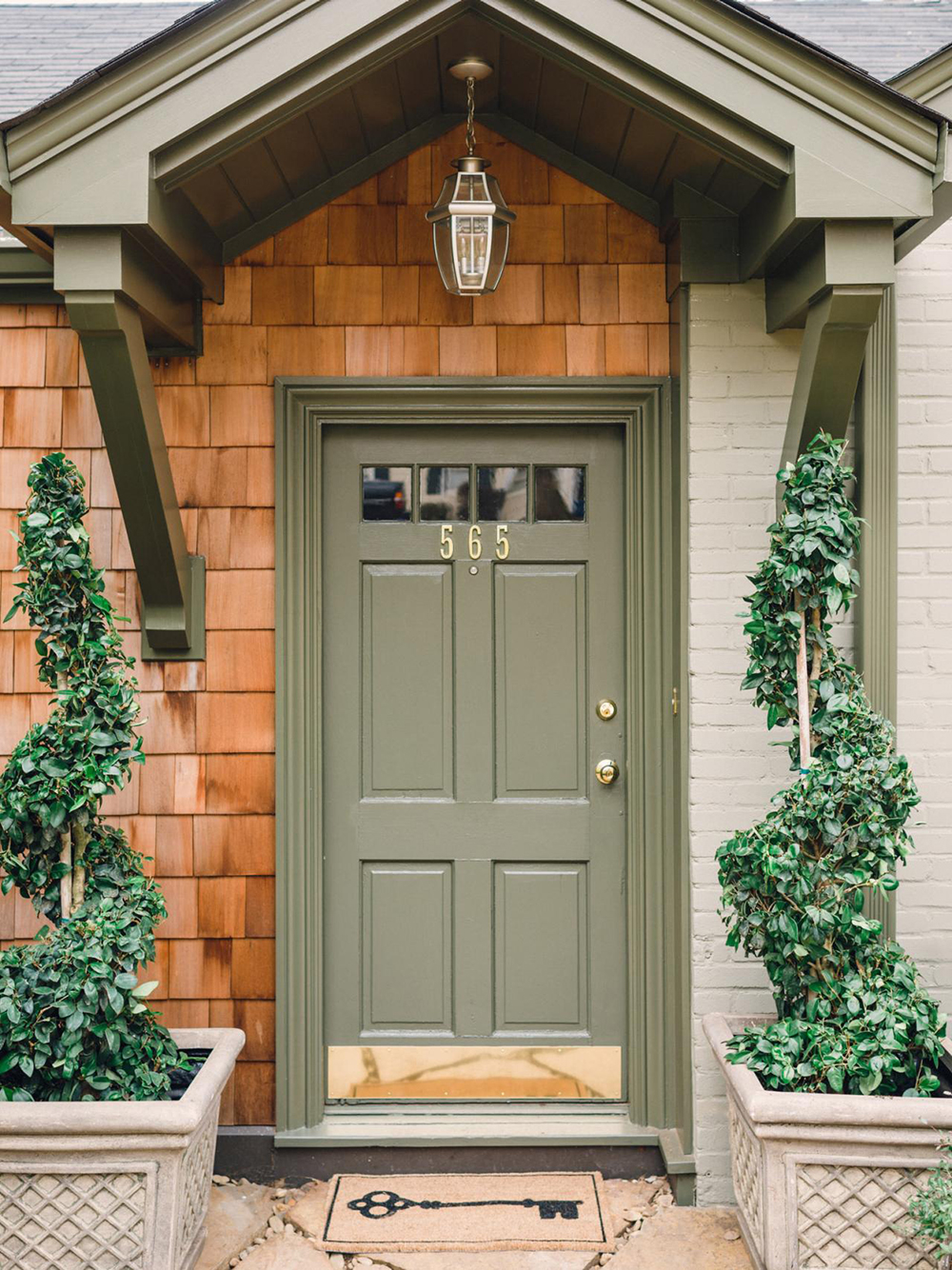 10 Pins : Front Door Edition - roomfortuesday.com