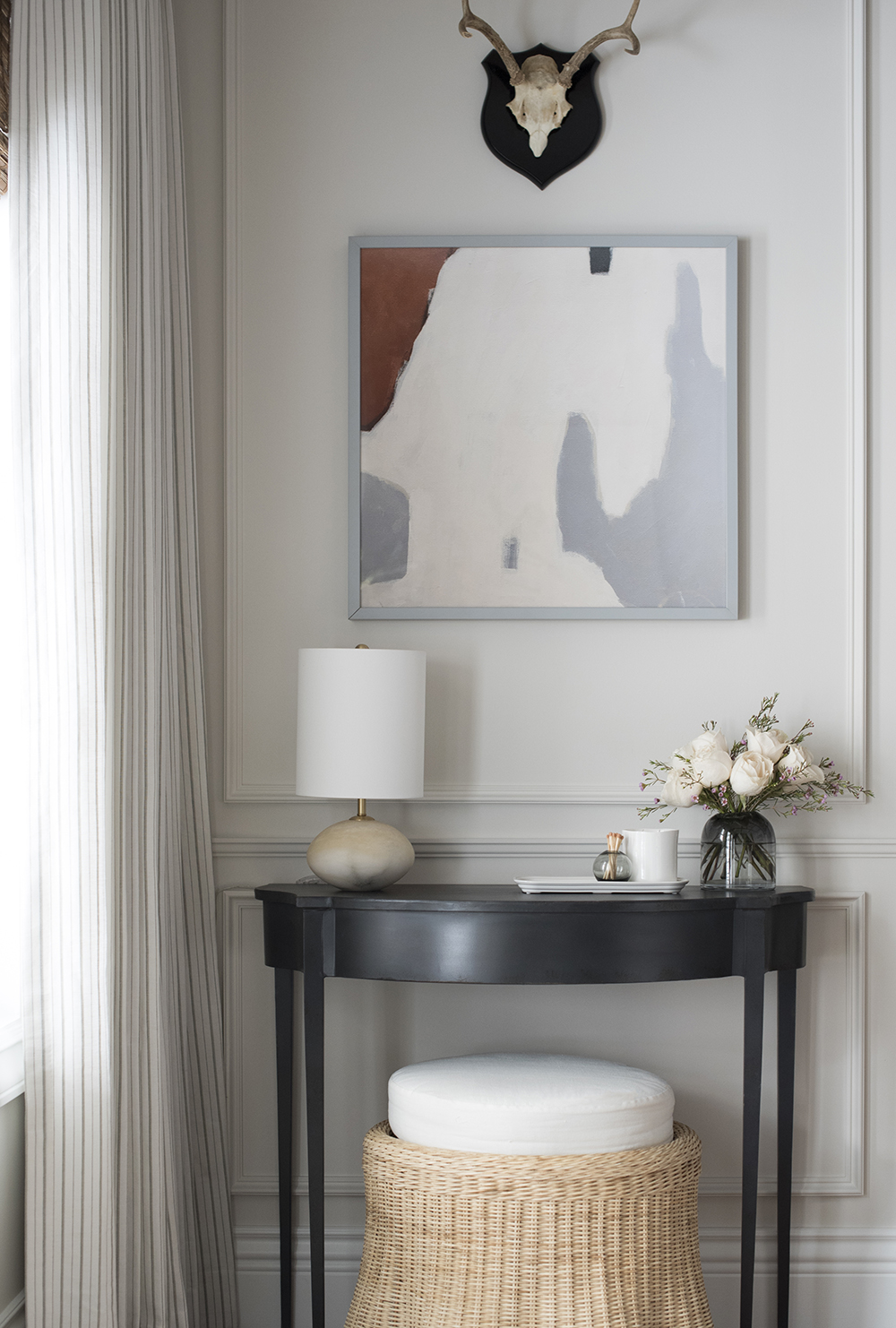 Roundup: Demilune Tables - roomfortuesday.com