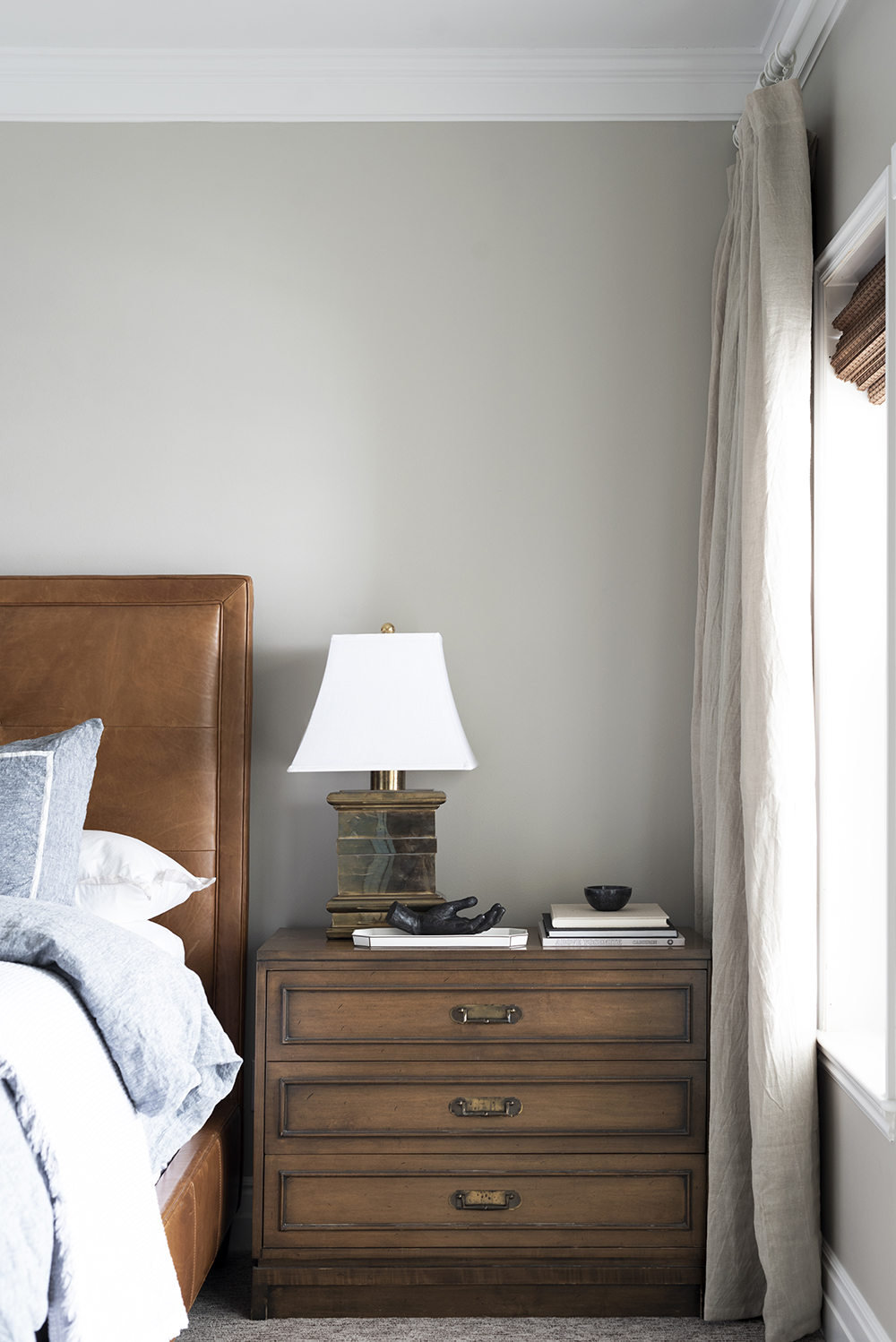 How to Install Casual Linen Drapery Panels - roomfortuesday.com