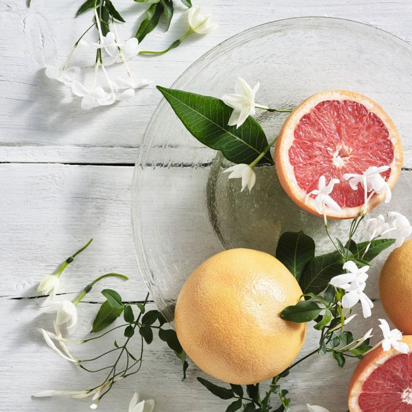 Fresh Grapefruit Signature Candle - Room Fragrances