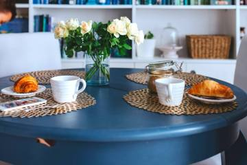 Tips to buy a dining table