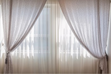 Tips to buy bedroom curtains