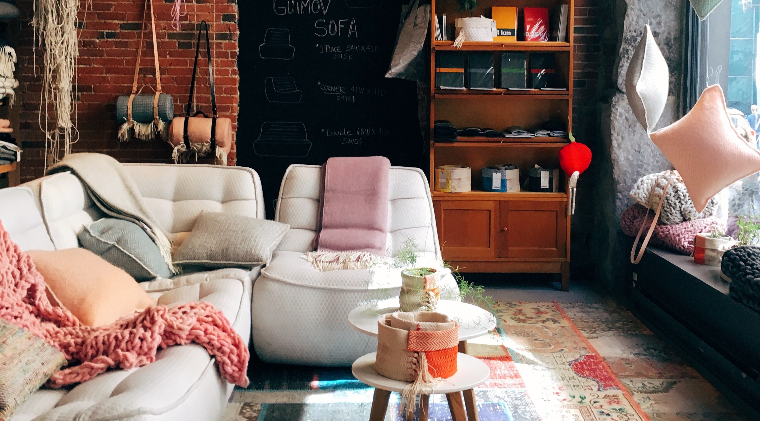 Living With Roommates: 5 Expert Tips For Decorating On A Budget