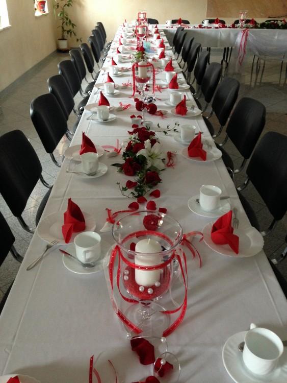 Deko Hochzeit rot  roomOutfit Dekoration