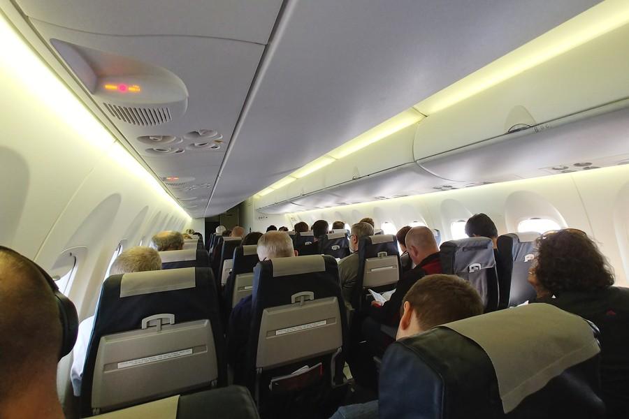 Qantas Dehavilland (Bombardier) Dash 8-400 Sydney to