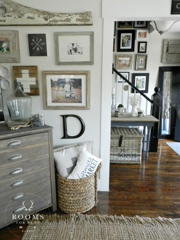 Farmhouse Style Wall - Rooms Rent