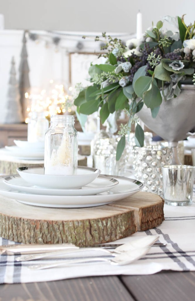 Festive Christmas Tablescape | Rooms FOR Rent Blog