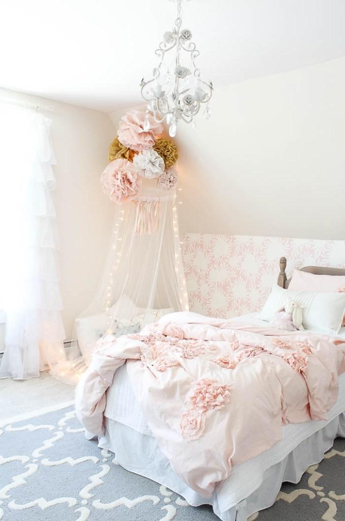 vintage little girls room reveal rooms for rent blog. Black Bedroom Furniture Sets. Home Design Ideas