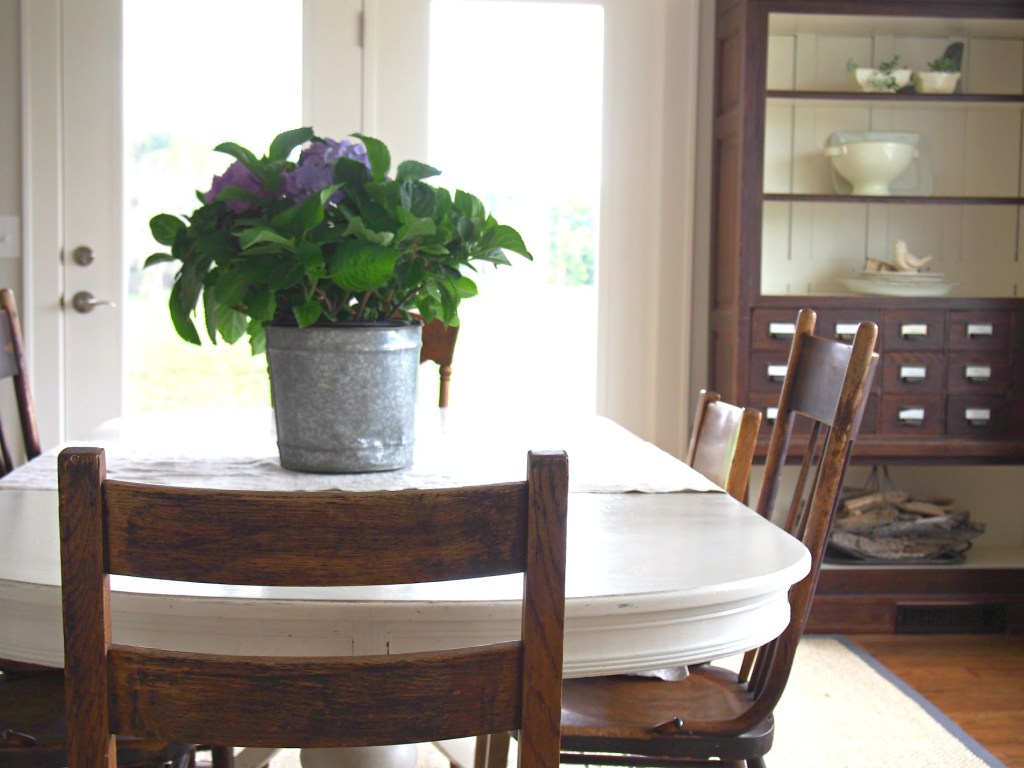 Farmhouse Tour Friday   Rooms FOR Rent Blog