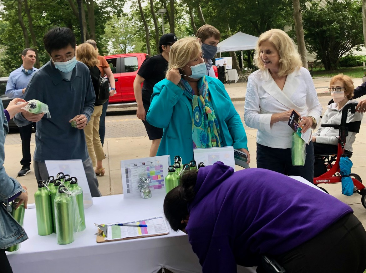 CAN CAROLYN MALONEY WIN REELECTION LONG BEFORE THE VOTING BEGINS?