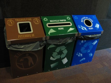 To improve recycling at your university, make sure that bins are standardized and clearly labelled (Photo: Flickr University of Scranton Weinberg)