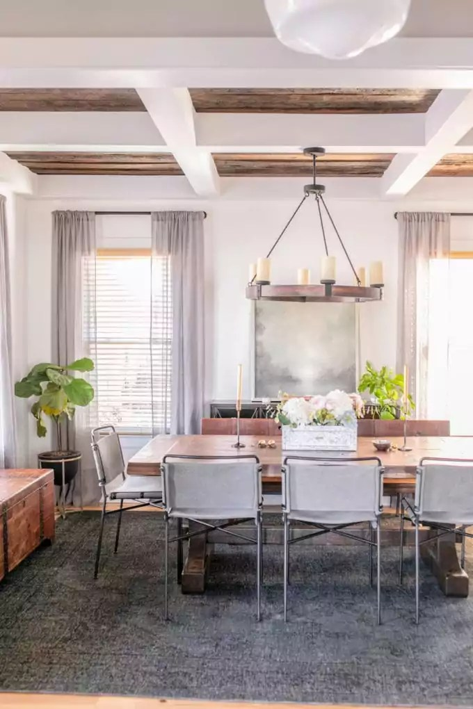 Transforming your home into the perfect modern farmhouse can definitely feel like an insurmountable challenge. Modern Farmhouse Dining Room Ideas - Root + Revel