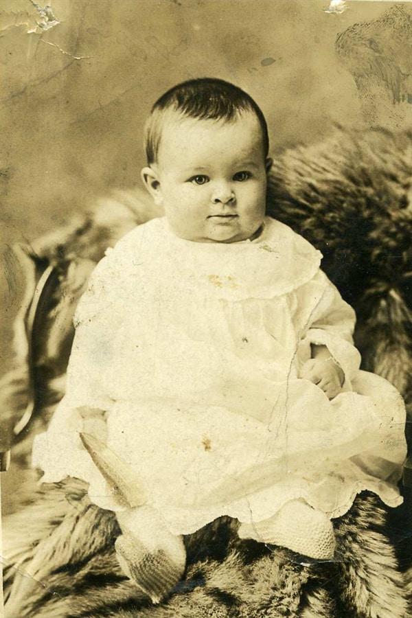 Doris Schuster 1923