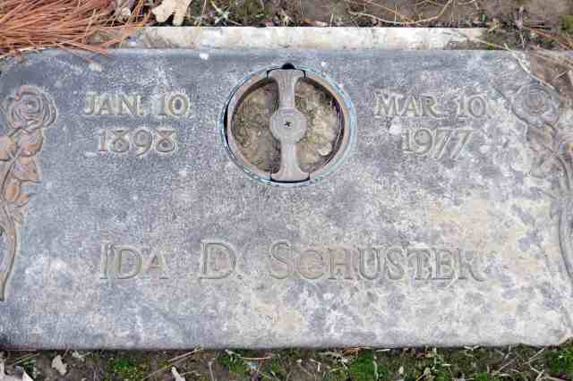 Ida Mueller Schuster headstone
