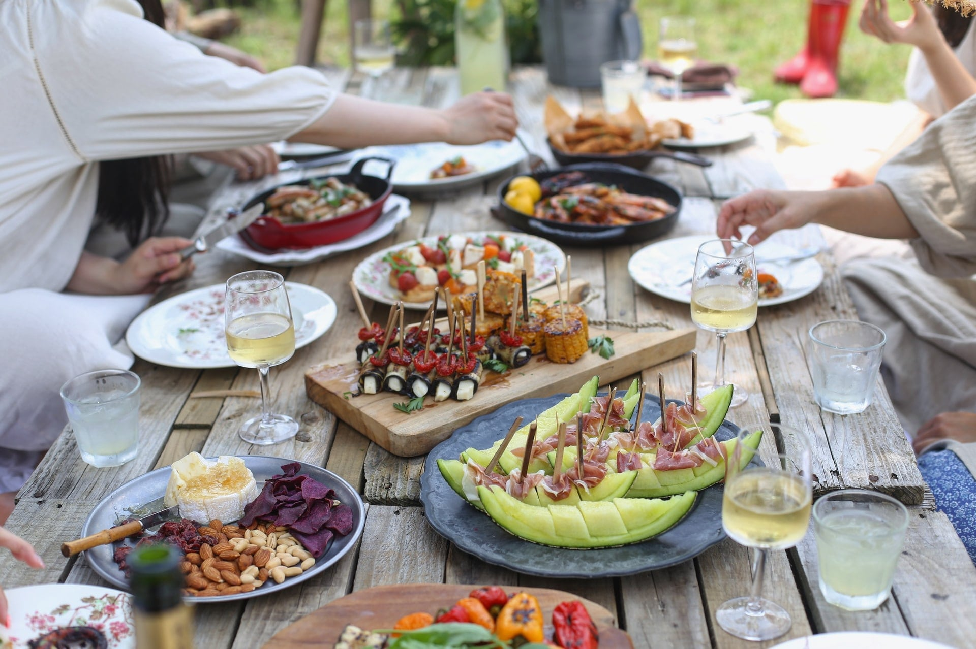 Innovative solutions for curbing tourism's food waste problem