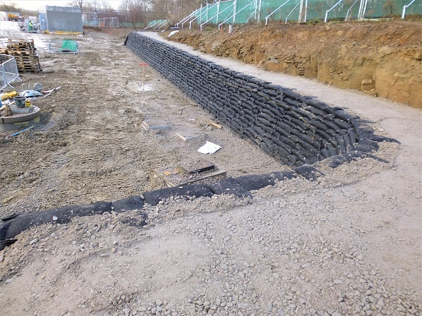 Tie-back wall, Kings Business Park