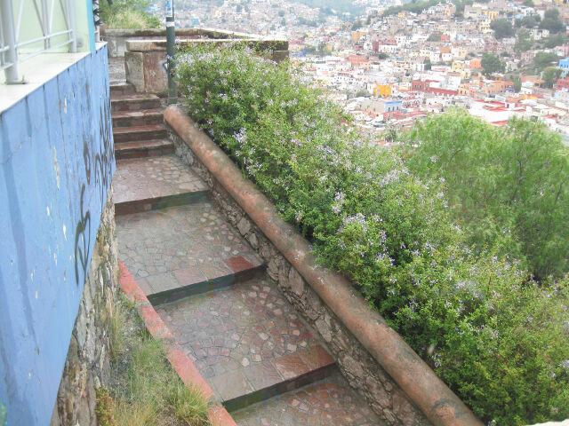 sloped-steps-down