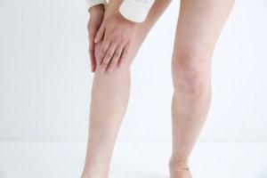 仙台の整体で膝の音がなるときに筋膜リリースで施術を行うルーツ