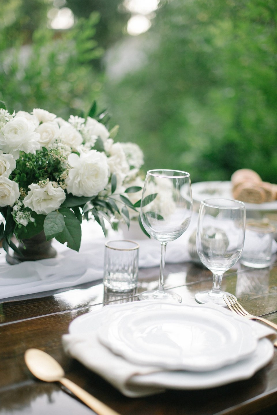 Why Tablescape Details Can Make or Break Your Wedding Centerpiece Ideas