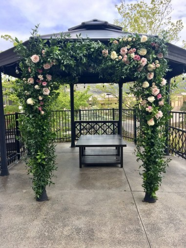 ceremony-installation-roots-floral-design-11