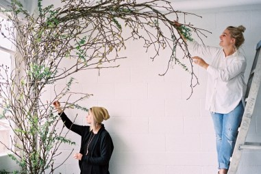 ceremony-installation-roots-floral-design-17